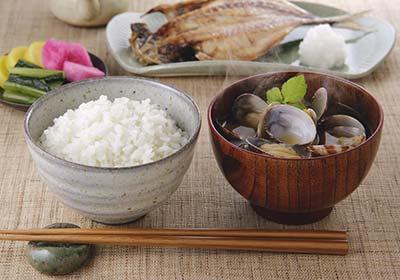安くて美味しいみずかがみは、近江牛に続く新しい滋賀のブランド米。誕生してまだ数年ですが人気の高いオリジナル品種です